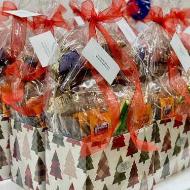 Chocolate-Baskets-Corporate-Gifts-Sweet-Consultations-by-Platter's-Chocolates